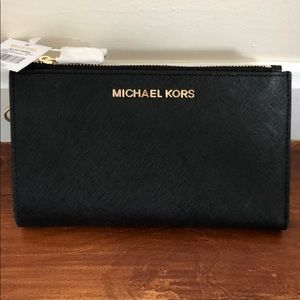 Michael Kors Jet Set Travel wristlet